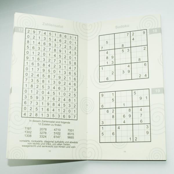 Buch-Fit-im-Ruhestand-Sudoku-Spass-und-anderer-Zahlensalat-Senioren-Alter-Geschenk-zum-Geburtstag-Rentner-Ruhestand-schult-Gehirnzellen-Ausdauer-Leseseite-AV-Andrea-Verlag-andrea-geschenke.de