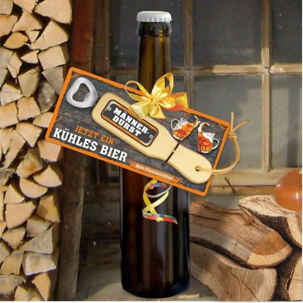 Holzflaschenoeffner-an-Bierflasche-Maennerdurst-Papa-hat-Durst-Bier-Maennertag-Vatertag-Herrentag-andrea-geschenke.de