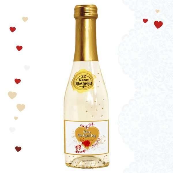 Piccolo-Zum-Hochzeitstag-Sekt-22-Karat-Blattgold-Goldflocken-Gold-02-l-10-vol.-mit-Hochglanzetikett-Flasche-das-prickelnde-Lifestyle-Getraenk-AV-Andrea-Verlag-andrea-geschenke.de